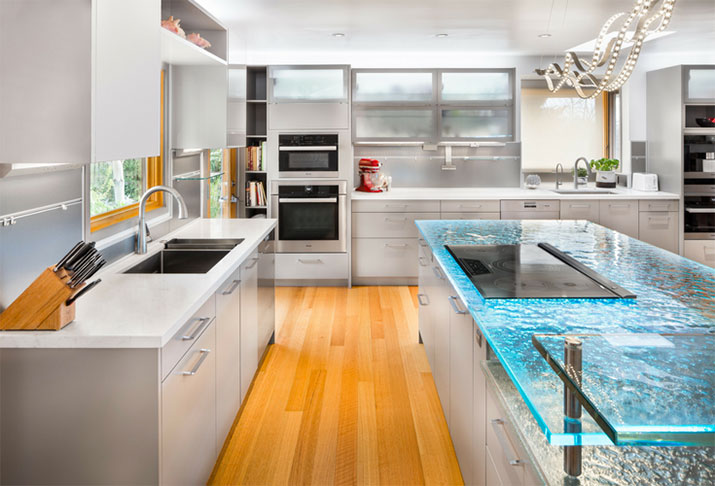 Cast glass countertop in a luxury custom home | Innovate Building Solutions