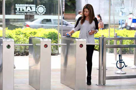 Universidad EAFIT entrusts safety of visitors and facilities to Boon Edam's turnstiles