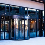 Cantina Laredo Standardizes on Boon Edam Revolving Door for Main Entrance