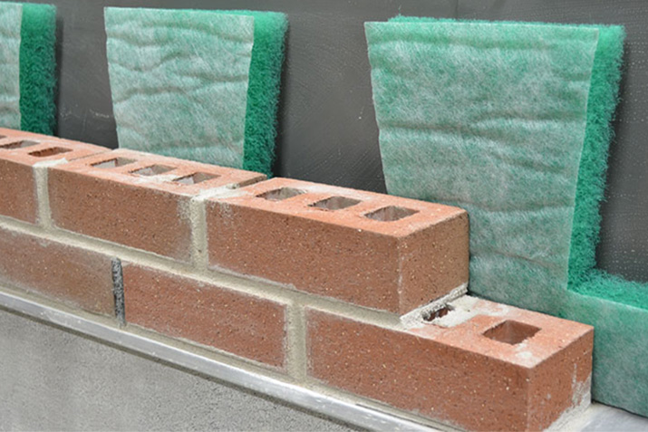 Importance of a Well-Drained Masonry Wall