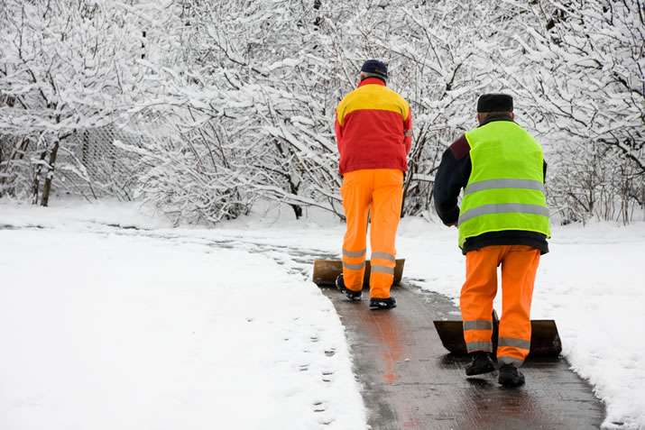 Stay Warm: How to Protect Workers from Cold Weather Hazards